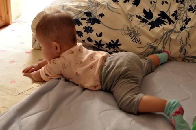 赤ちゃん 10か月2.jpg