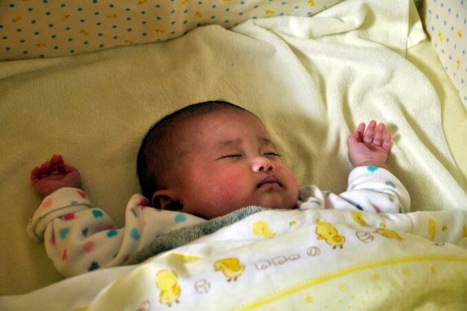 4か月 赤ちゃん1.jpg