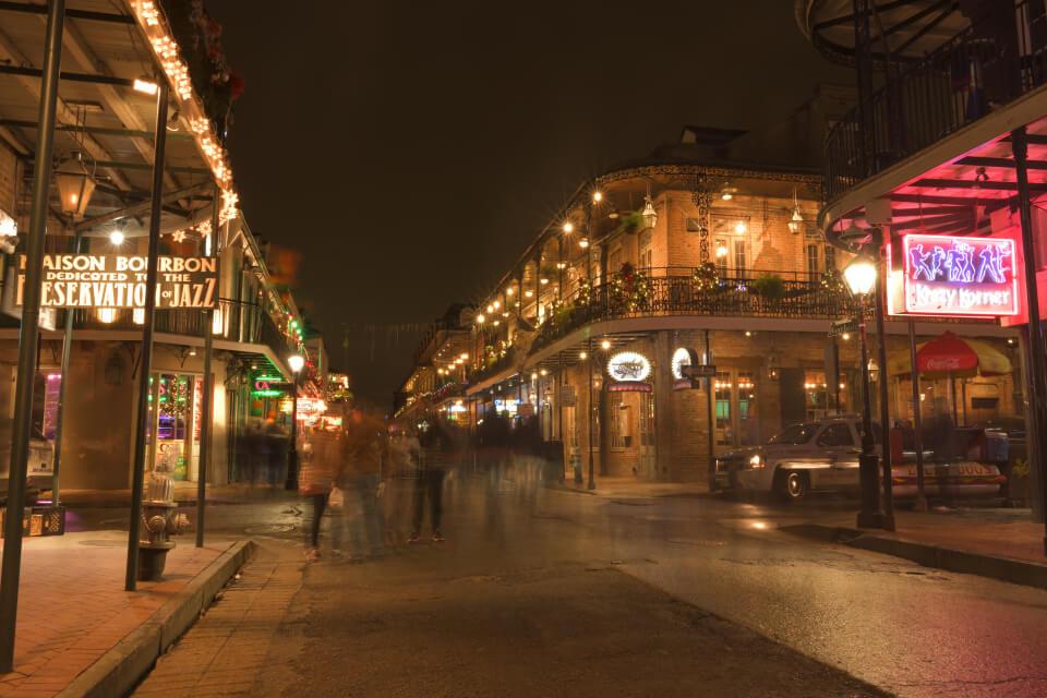 バーボンストリート夜景写真6.jpg