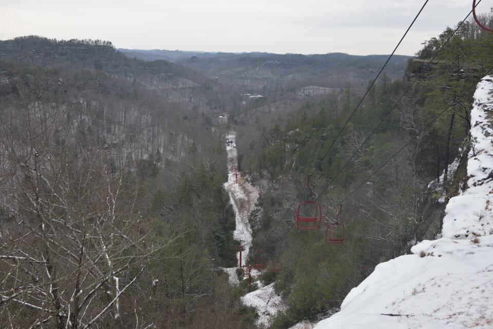雪のナチュラルブリッジKY2.jpg