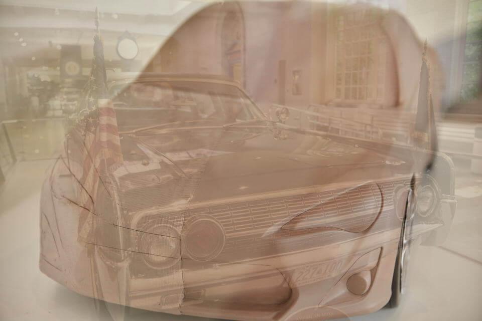ローカル化<グローバル化、未来の車