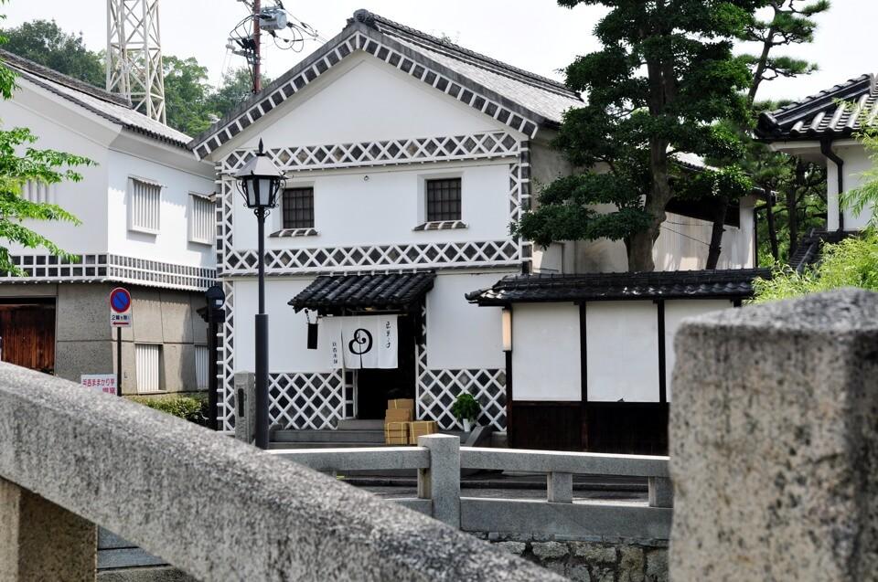 倉敷美観地区の水堀写真