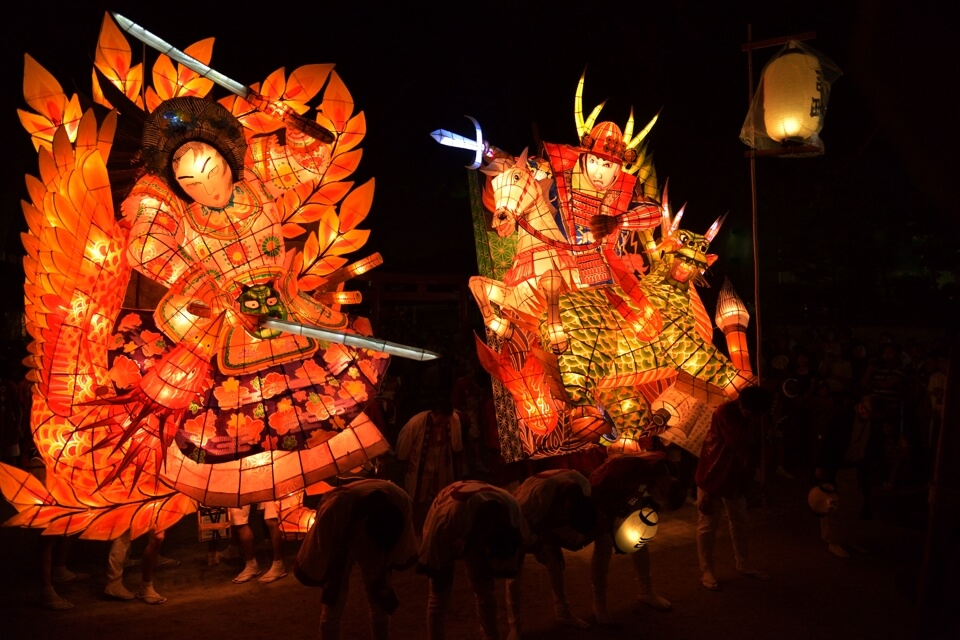刈谷万燈祭、秋葉社・本楽は一眼レフ写真撮影スポット