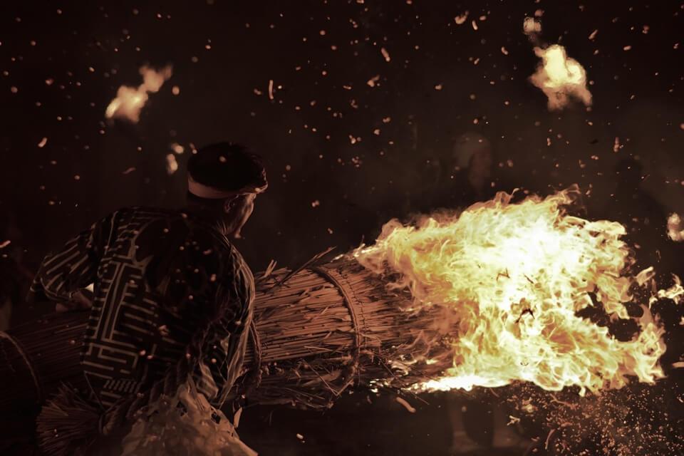 火おんどり写真