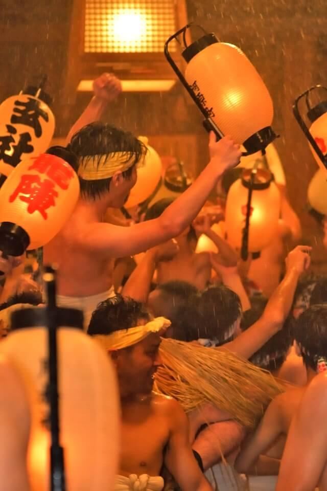 見付天神裸祭・鬼踊りの写真