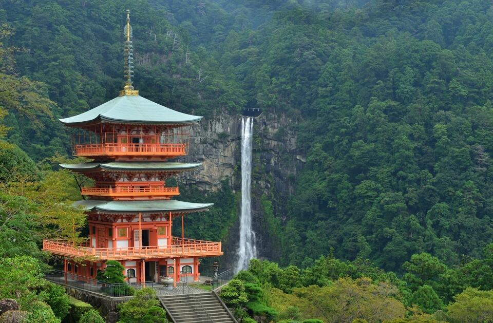 青岸渡寺・那智の滝の写真
