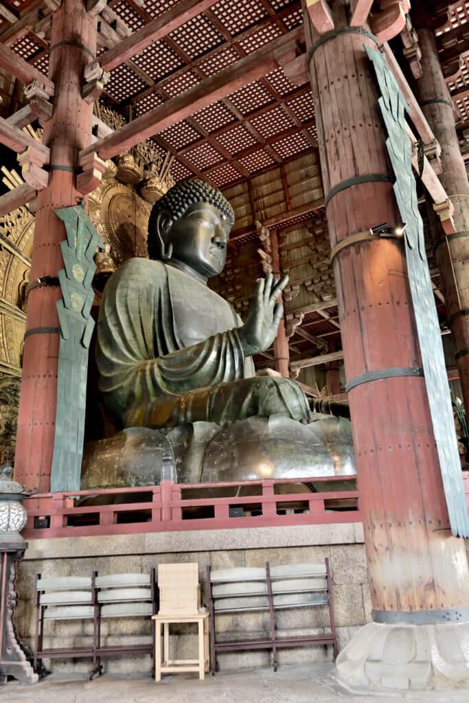 奈良東大寺の大仏の大きさ写真