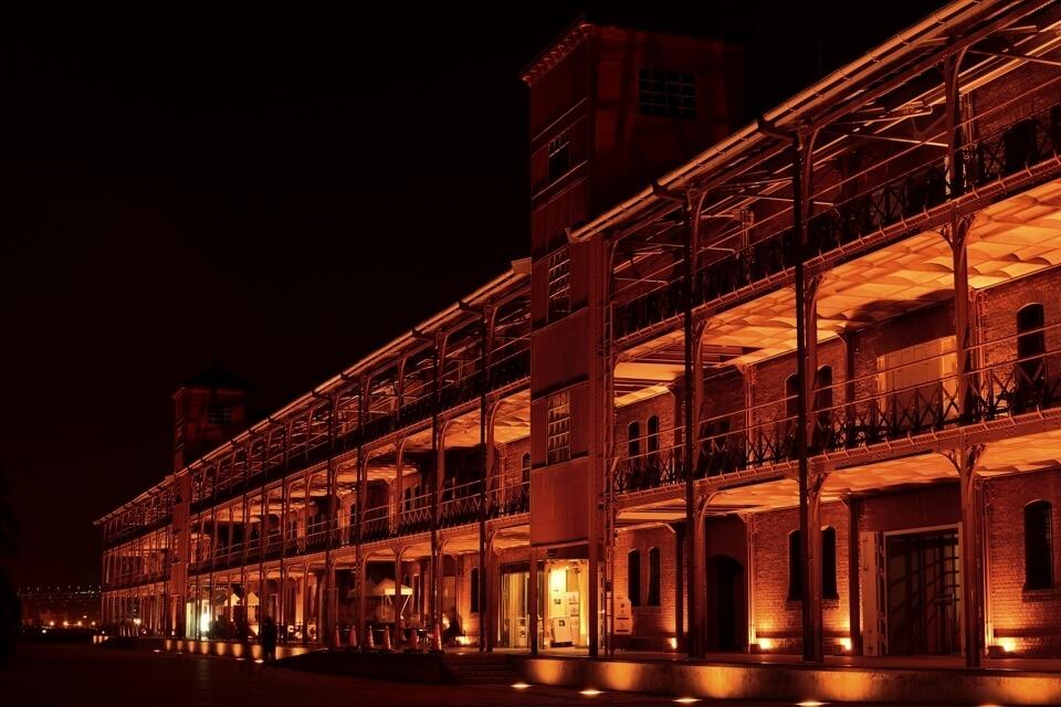 横浜赤レンガ倉庫の夜景写真