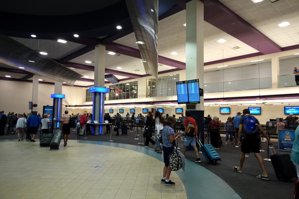 オーランド・サンフォード空港写真