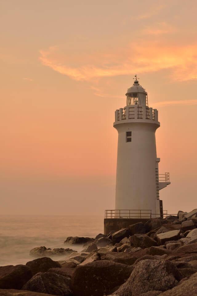 伊良湖岬灯台の夕陽写真