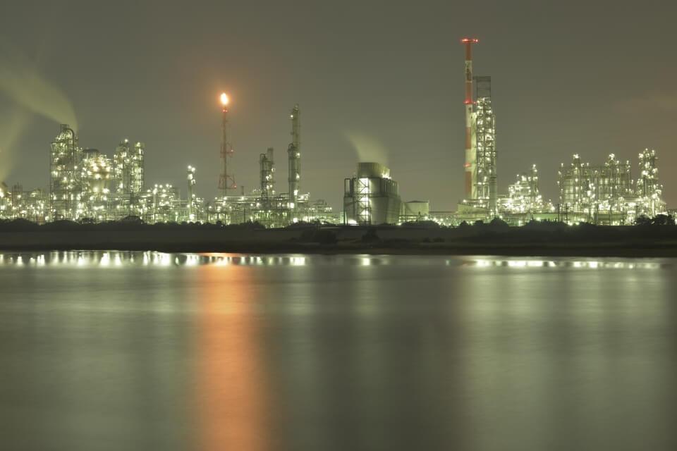 四日市の工場夜景写真