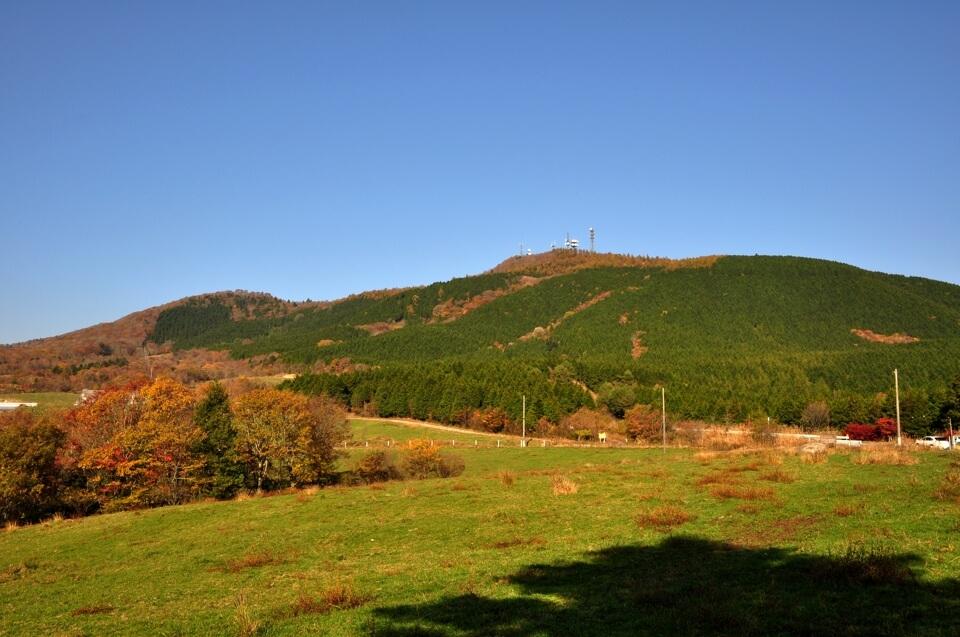 茶臼山高原の紅葉ロープウェイ写真