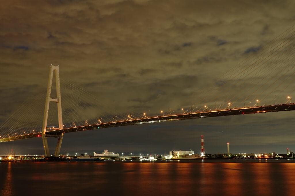 名港中央大橋夜景写真